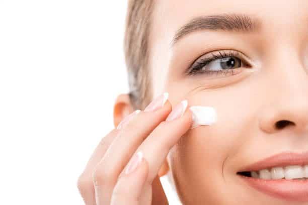 Bisa dicoba! Inilah 10 Produk Sunscreen untuk Kulit Kombinasi